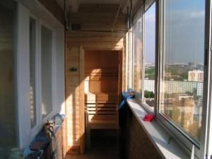 финская сауна на балконе
