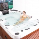 Jazzi-Hot-Massage-Jaccuzi-Spa-with-42
